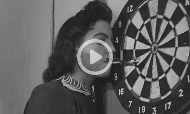 Darts Aka Dart Champion (1944)